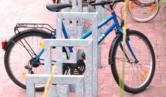 Anlehnbügel mit Pedalhalter