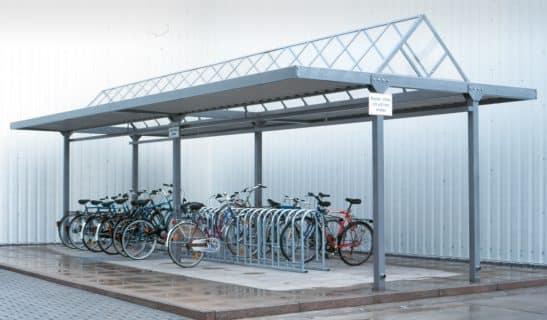 Überdachung Tectum 4 x 10 m mit Fahrradständer Forte